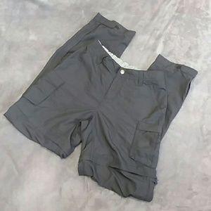 REI women's size 2 weather proof zip off pants